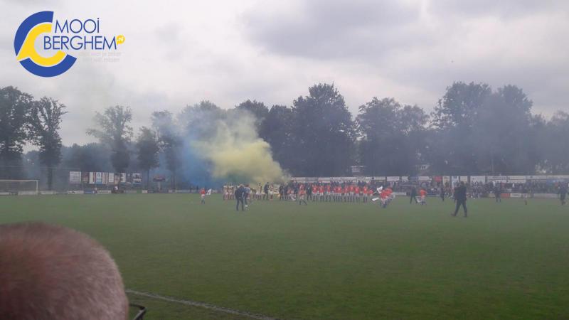 Mooiberghem Nl Berghem Sport Na Zinderende Finale Na 6 Jaar Weer Terug In De 2e Klasse
